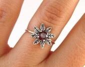 Flower Women Ring, Flower Silver Ring, blossom Ring, Silver garnet ring, Botanical ring, red Stone Ring, sunflower ring, January Birthstone