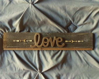 Send Out Love Barn Wood Sign