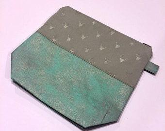 Huntress / Large Blue Panel / Medium Project Bag