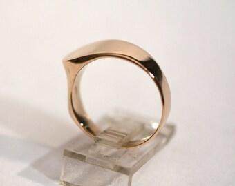 14kt Vintage Sculptural Ring