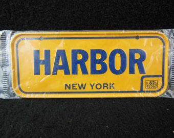 New York State Bicycle License Plate - 1982 Bike License Plate -Mini Colorful Metal Signs