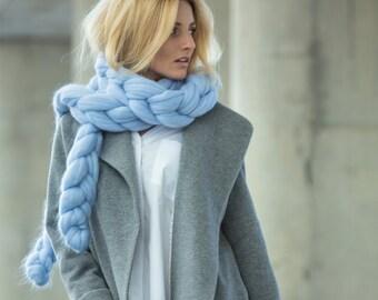 Taffy Chain Scarf. Extra Fine Merino wool.