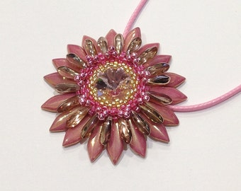 Pink and gold flower Corolla medallion