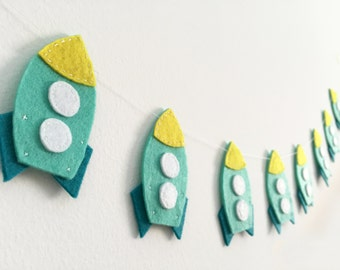 Rocket garland, Spaceship, Nursery decor, Birthday party, Space party, Baby shower decor, Outer Space, Bunting, Rocket party, Rocket banner