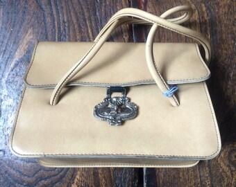 """SALE WAS 18 Vintage 1950s McClaren Handbag. Top Handle Bag. Metal Clasp 9""""x7""""x4"""""""