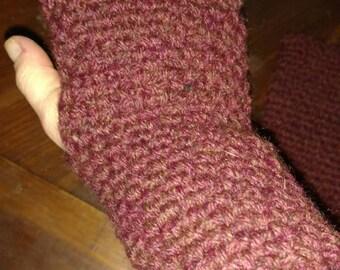 Historically inspired fingerless mitts
