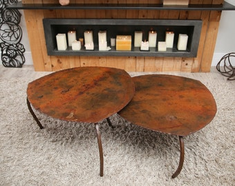 METAL TABLES. Pack of 2 units.