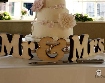 Mr and Mrs letters - free standing letters - wedding letters - Mr and Mrs