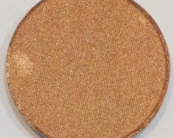 Orange Gold, 26 mm pressed shimmer, highly pigmented and so creamy