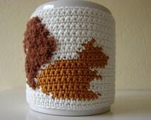 Mug cozy squirrel | cup cozy chipmunk | coffee cozy | sleeve cozy | crochet cozy | animal cozy | crochet tea cozy | crocheted squirrel