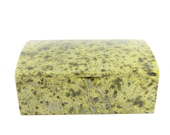 Big Green Serpentine stone box for jewerly or money from Russia