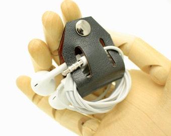 Personalised mens womens leather Cord holder Organiser Cable Holder, FREE monogram Custom name Engraved name leather cable holder earbud