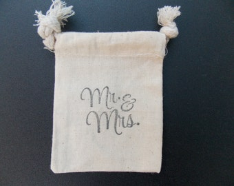 Rustic Wedding Favor Bags - Mr. and Mrs. Favor Bags - Country Favor Bags - Muslin Favor Bags - Drawstring Favor Bags - 24 Favor Bags