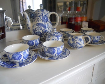 Vintage Villeroy & Boch Mettlach Blue and White Paradiso 15 pce Coffee Set/Tea Set. Breakfast Coffee Pot and Cups , Jug VGC