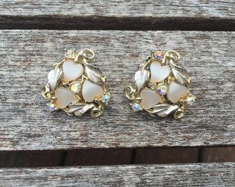 Vintage Cream Heart Thermoset and AB Rhinestone Earrings 0733