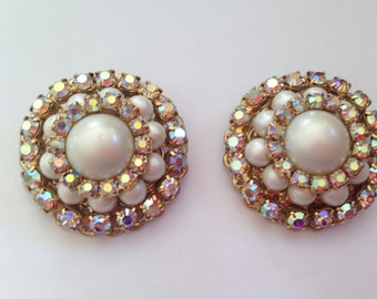 Vintage Faux Pearl and Clear AB Rhinestone Earrings 0305