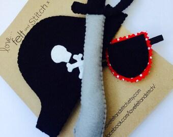 Pirate dress up accessory set