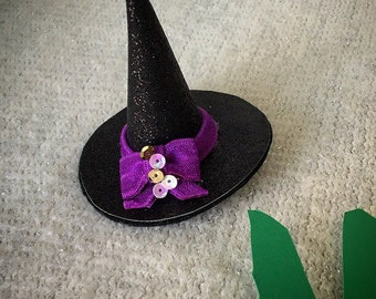 The Bad Witch mini hat clip