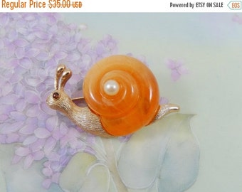 Vintage 60s Fuller Signed Butterscotch Lucite Snail Pin Brooch