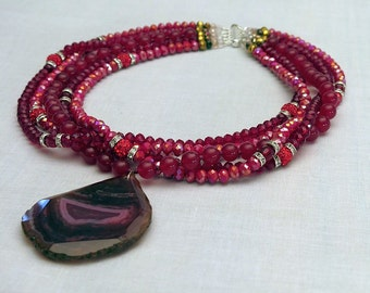 Red jade, silver and Austrian Crystal Necklace massif