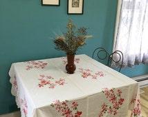 Vintage Tablecloth, Dogwood Flowers, Pink Floral Tablecloth , Pink Flowers 60s, wilendur