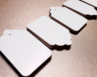 """Scalloped Gift Tags 