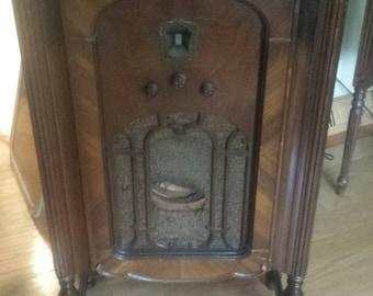 Antique Mid Century Wood Vintage 1930's Kolster Westinghouse K-120 Stand Radio Cabinet Mid Century Furniture Bathroom Sink Vintage Decor