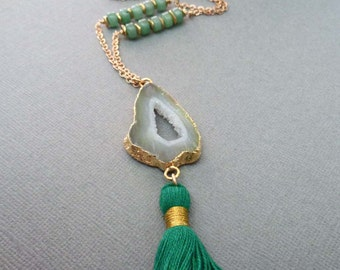 Agate Slice Geode Druzy Long Necklace/Boho Agate Necklace/Green White Agate Slice Gold Edge/Aventurine Green/Gold Chain Bohemian Hippie/GP35