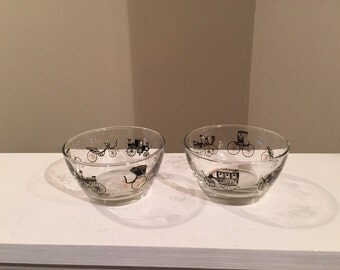 Pair of Vintage Libbey Nut/Snack/Dip Bowls Horseless Carriage Design