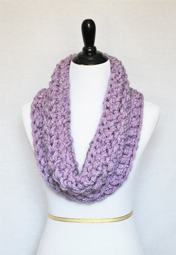 Purple Crochet Scarf, Lavender Crochet Cowl, Chunky Lilac Shoulder Wrap, Purple Neck Warmer, Light Purple Infinity Scarf, Wrap Scarf, Snood
