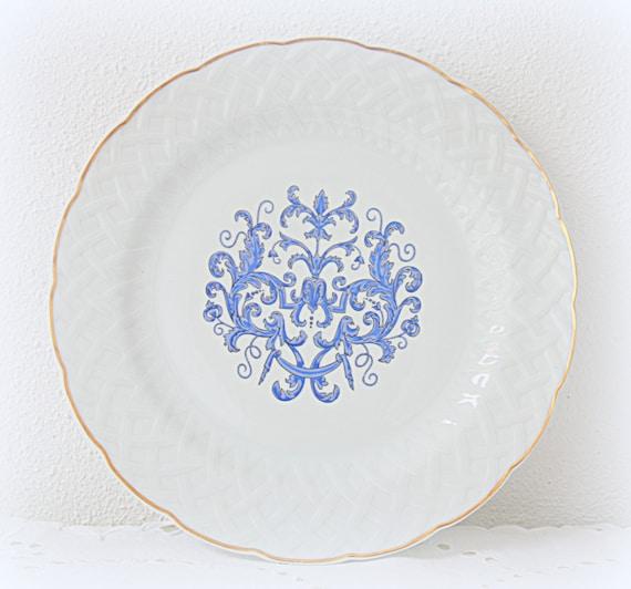 Beautiful Vintage Limoges Porcelain Dinner/Serving Plate, L Bernardaud  Co, France