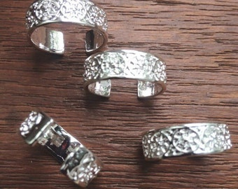 Ethnic silver toe rings