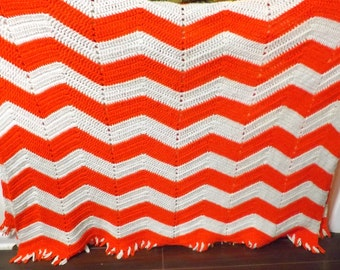 Red/White Ripple Afghan