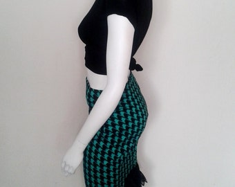 Black and teal houndstooth bodycon pencil skirt with back bustle detail – Made to Order.