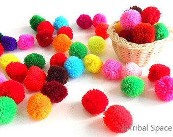 Yarn pom pom, Mixed colors,Colorful,Garland party,Craft supplies 50 pom poms (PM_001)