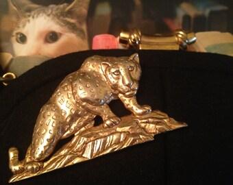 Vintage 1980's * 1990's Leopard Cat Brooch  *  JJ Goldtone