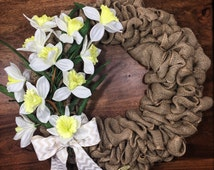 Daffodils Wreath, Burlap Wreath, Front Door Wreath, White and Yellow Wreath, Simple Wreath, Summer Wreath, Country Wreath, Rustic Wreath