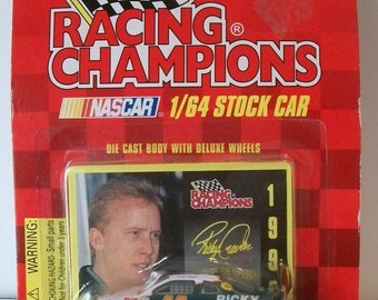 1996 Ricky Craven Larry Hedrick Motorsports  #41 Racing Champions 1/64 Scale NASCAR Diecast Car New on Card