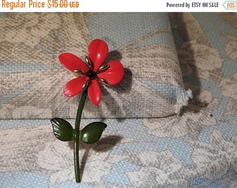 VALENTINES SALE stunning vintage red and green and gold enamel flower brooch