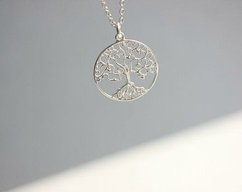 Family Tree Necklace in Sterling silver - Silver Tree of Life necklace - Delicate Necklace - Dainty Necklace - Layering necklace