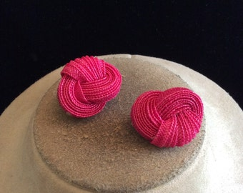 Vintage Chunky Pink Knot Clip On Earrings