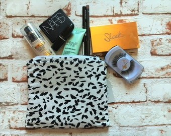 Dash Abstract Print Small Make Up Bag Pencil Case Zipped Bag