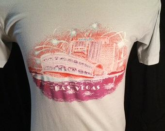 Vintage 1980's Las Vegas T-Shirt 50/50 Size Large Rare Old Casino  Thin Soft