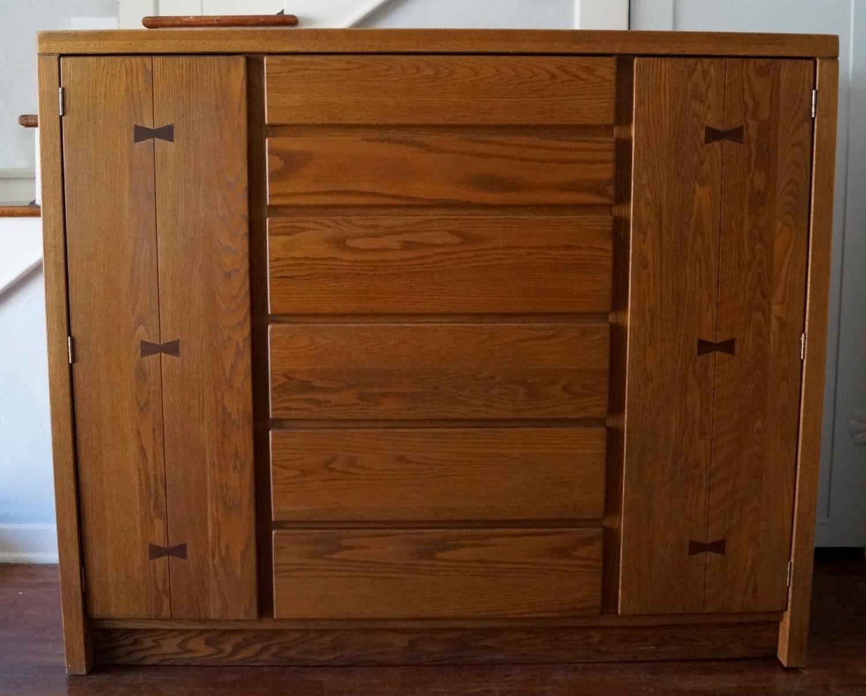 Characteristics Of Mid Century Modern Furniture