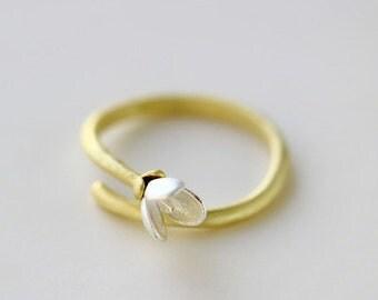 Magnolia Flower Ring