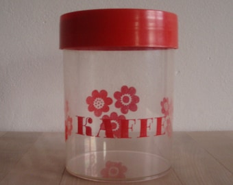 Erik Kold Plast A/S – Red coffee canister