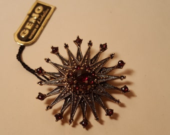 Geno Vintage Gold Ruby Brooch