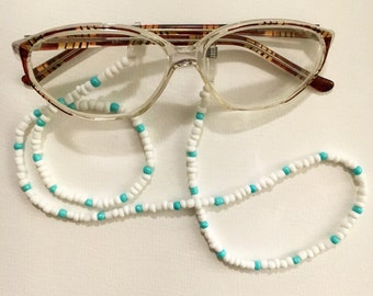 Eye glass holder necklace