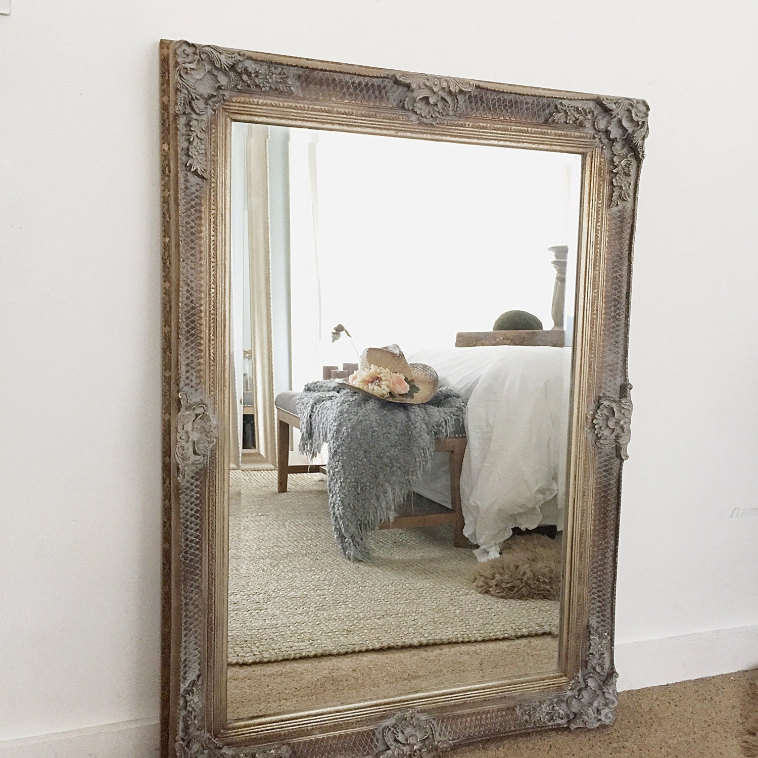 Large wall mirror decorative baroque bathroom mirror leaning for Leaning wall mirror