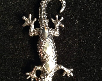 Salamander/Lizard Metal Pin circa late 1980's/early 1990's